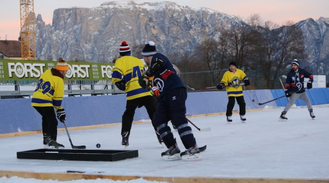 European_Pond_Hockey_Championship_Ritten_Renon_2