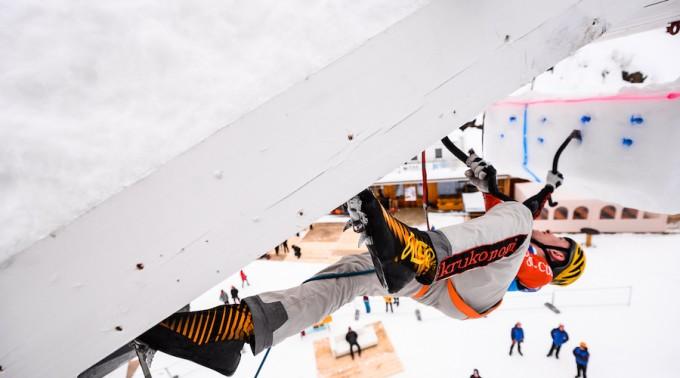 Eisklettern_Rabenstein_arrampicata_ghiaccio_Corvara